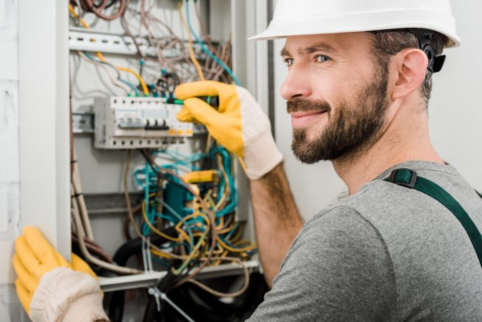 Factors to Consider When Hiring a Residential Electrician
